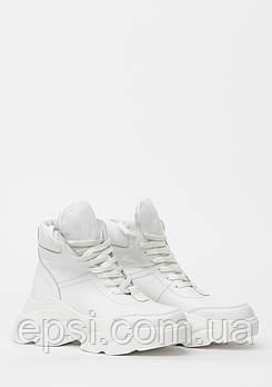 Кроссовки женские кожаные Wright 968KROS 40 белые
