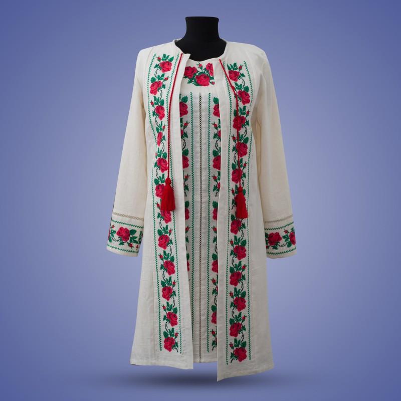 """Вышитое платье с накидкой  """"Нежная Роза"""""""