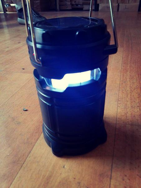Ліхтарик на сонячній батареї