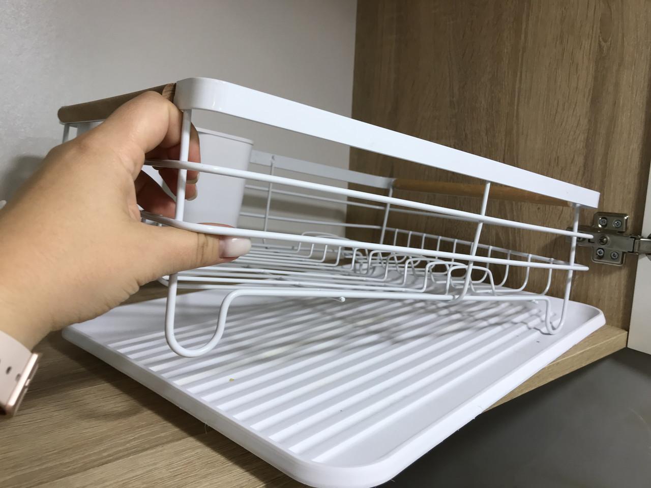 Кухонна сушка, стійка для зберігання посуду