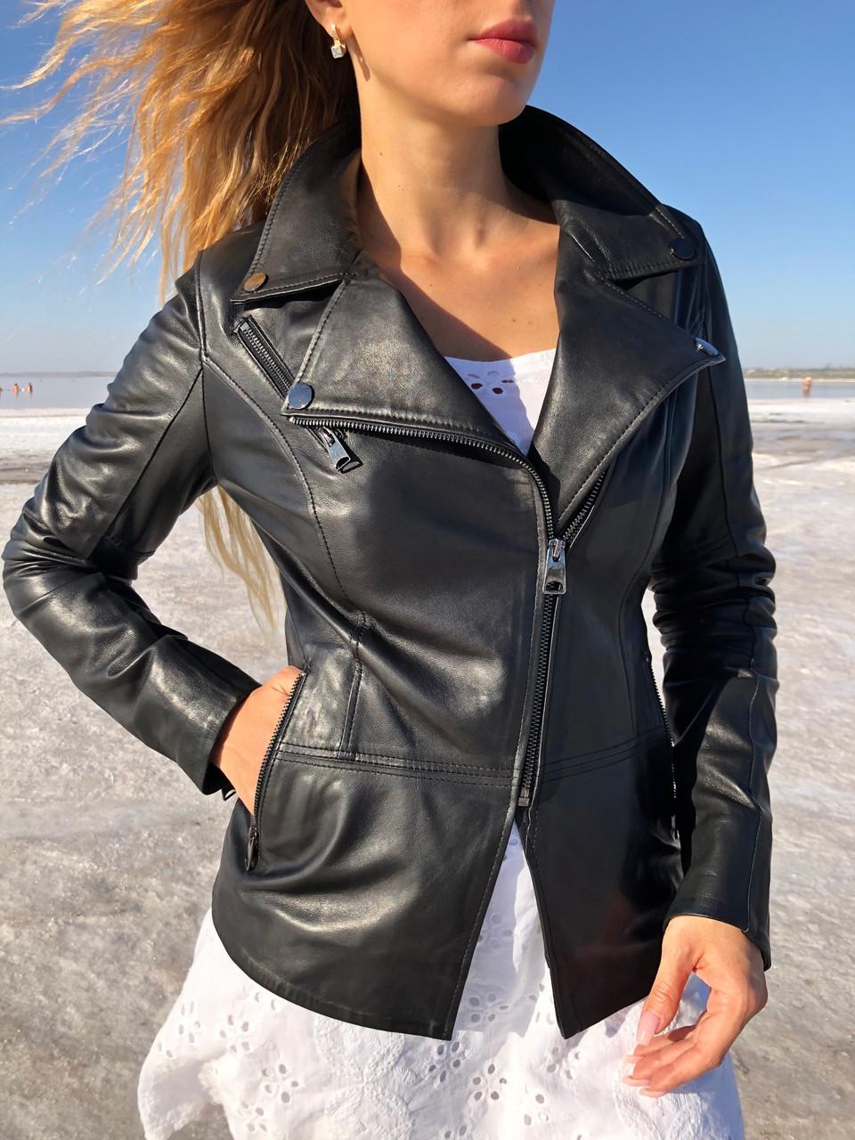 Черная косуха-пиджак из натуральной кожи