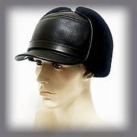 Мужская шапка из овчины с козырьком (чёрная)