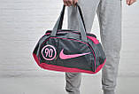 Женская сумка найк, Nike для спорта, фитнеса с плечевым ремнем. Серая с розовым., фото 3