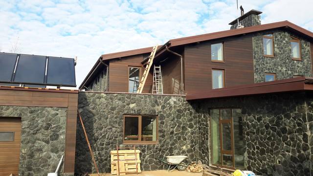 Вентилируемый фасад, материал планкен термоясень. 20х130мм