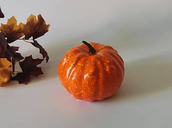 Муляжи продуктов. Искусственная тыква для декора. 12 см. Осенний декор.