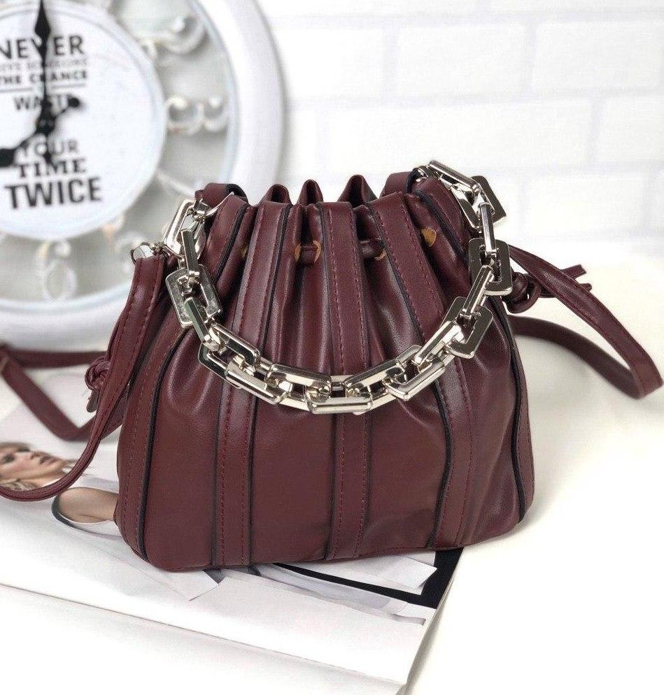 Маленькая бордовая сумочка на затяжках модная женская сумка-мешок красивая молодежная экокожа