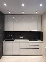 Кухня белая глянцевая без ручек в современном стиле 2020, фото 1