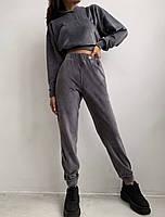 Жіночий костюм стильний з велюру з укороченою кофтою (Норма), фото 3