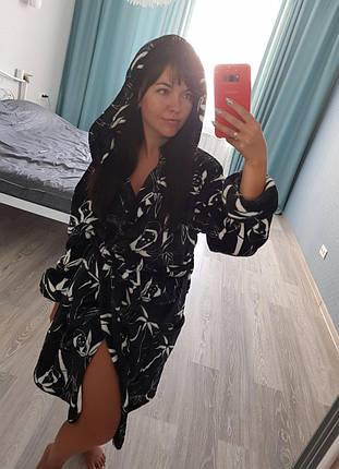 Красивый женский черный короткий махровый халат с капюшоном, фото 2
