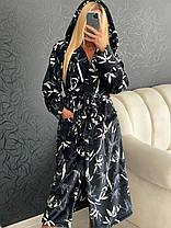 Красивый женский черный короткий махровый халат с капюшоном, фото 3