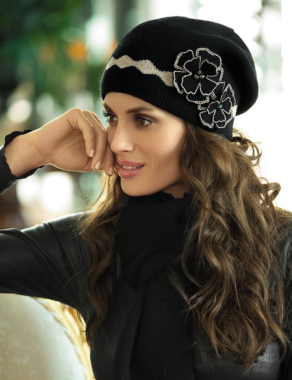 Красивая шапка от Kamea -Suzana .