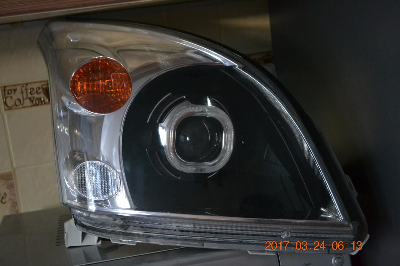 Фары передние Toyota Land Cruiser Prado 120
