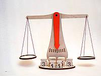 Терези демонстраційні з набором важків, до комплекту входять 6 важків.