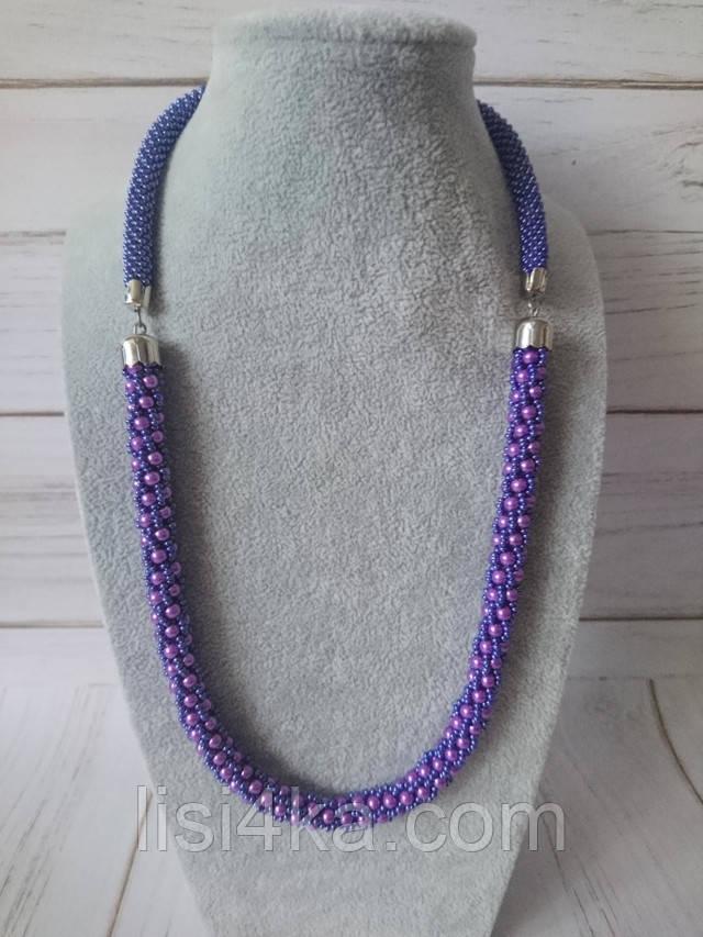 Вязаный жгут из бисера и жемчуга фиолетово синего цвета