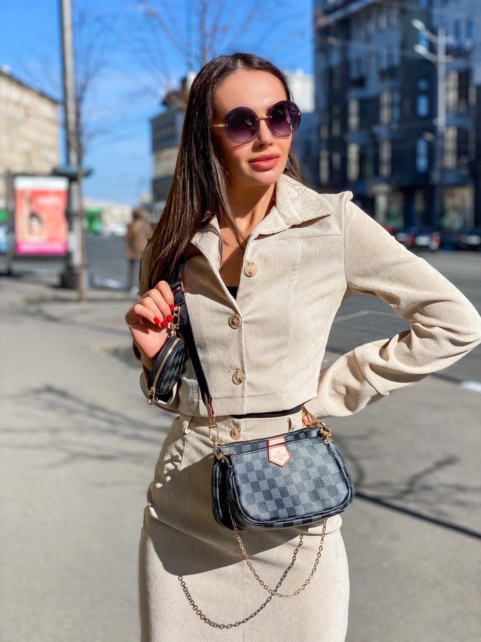 Юбочный костюм - двойка пиджак и юбка из микровельвета 36ks1373