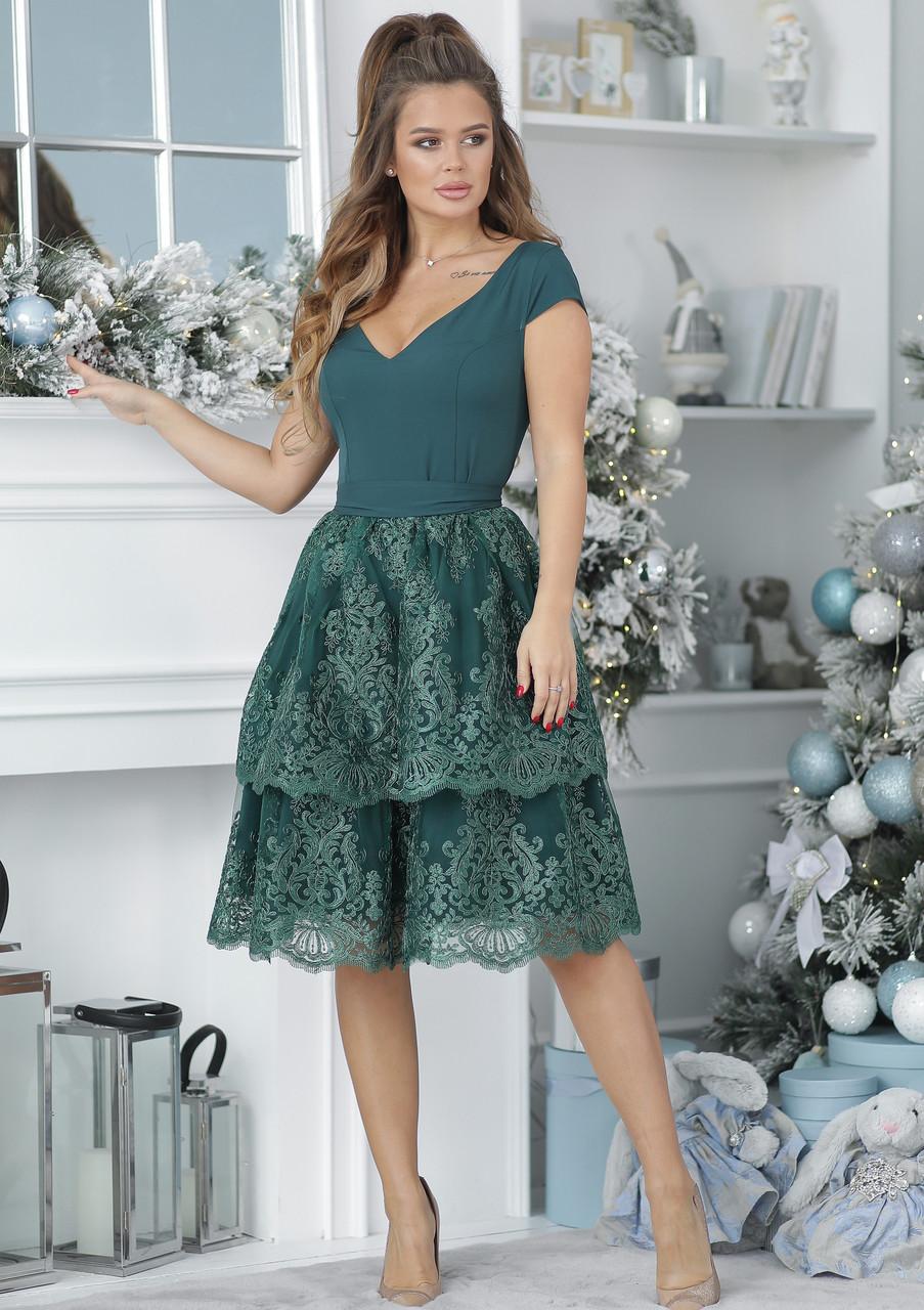 Нарядное платье с гипюровой юбкой
