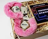 """Набір-гра """"Кайдани любові"""": печиво із завданнями для двох, гральні кістки з позами любові і наручники з хутром, фото 7"""