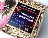 """Набір-гра """"Кайдани любові"""": печиво із завданнями для двох, гральні кістки з позами любові і наручники з хутром, фото 8"""