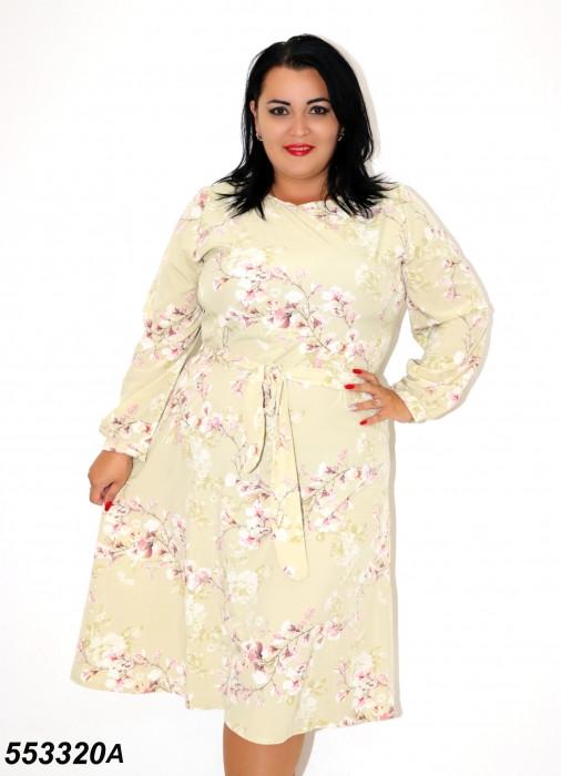 Женское бежевое платье с цветочным принтом батал 58,60,62,64