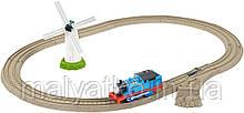 Паровозики и железные дороги Томас  Thomas the Train TrackMaster Thomas Windmill Starter Set