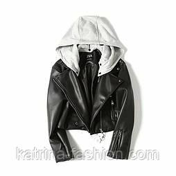 Жіноча стильна чорна куртка-косуха з трикотажним капюшоном Zara