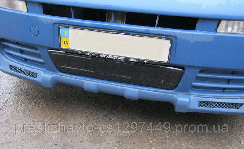 Накладка на решетку радиатора Opel Vivaro (2001-2006) низ