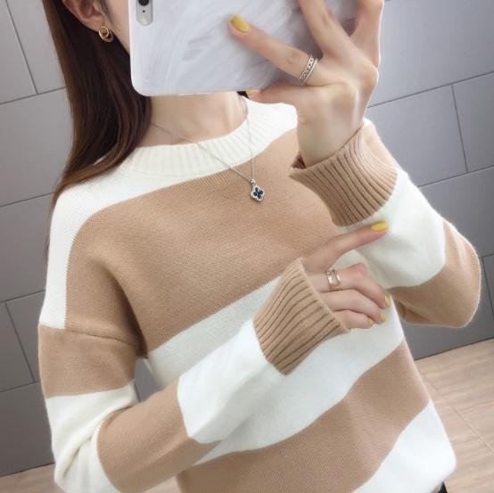 Стильный удобный женский свитер 42-44 размер