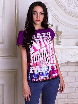 Женская футболка широкая горловина с принтом Ночь в городе