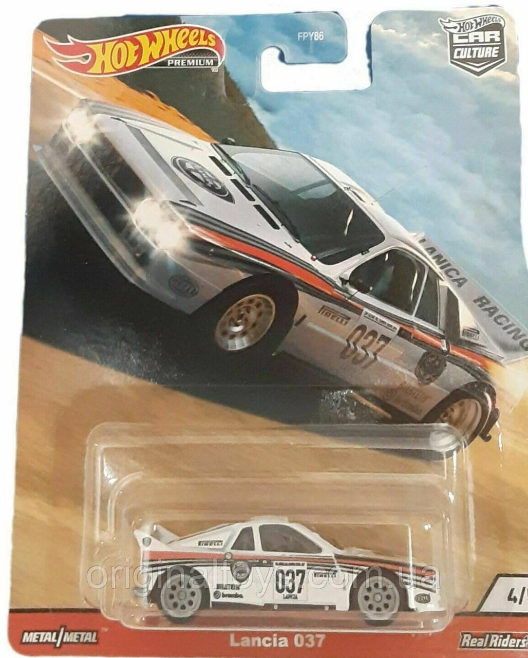 Колекційна машинка Hot Wheels Lancia 037