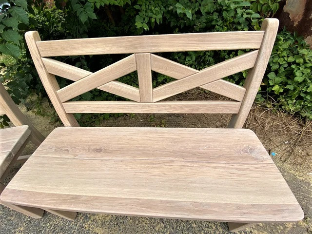 Мебель из массива дуба – элегантность, прочность, престиж