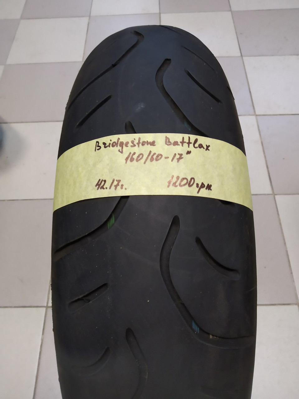 Bridgestone Battlax 160 60 17  (42.17) Моторезина шина колесо  покрышка