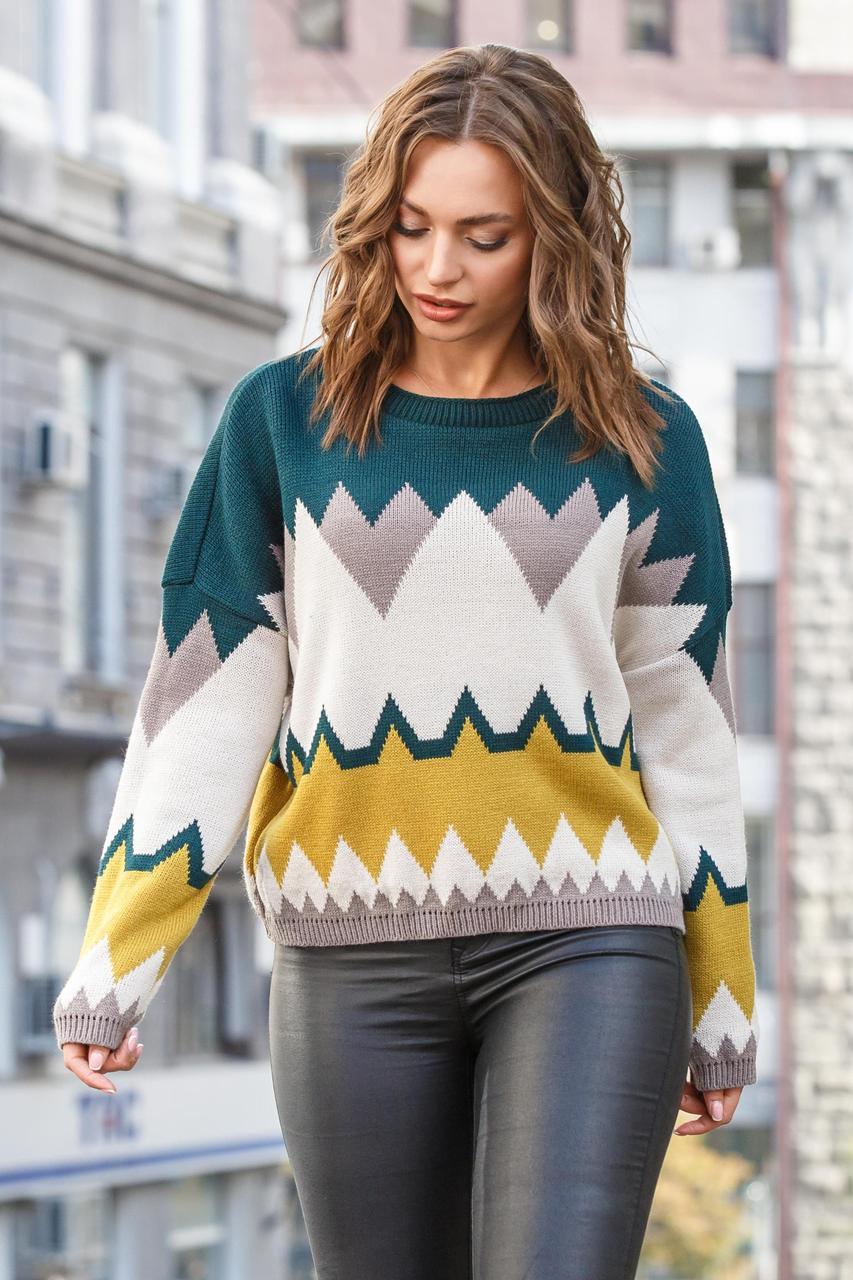 Легкий молодіжний в'язаний светр