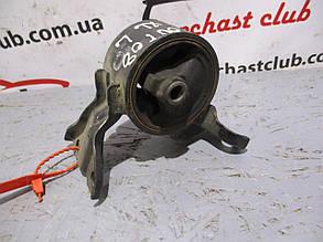 Подушка (опора, кронштейн) двигателя левая MN101574 18069129 Outlander XL Mitsubishi