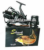 Катушка с бейтраннером карповая Shark Pro Carp YK 50 с конусной низкопрофильной шпулей