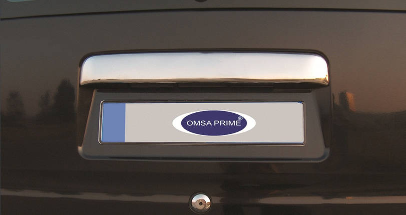 Ford Connect Хром накладка над номером (на родную) Carmos Форд Транзит Коннект, фото 2