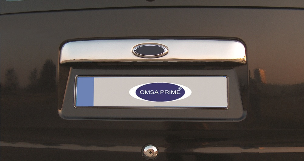 Ford Connect Хром накладка над номером (под значек) Carmos Форд Транзит Коннект