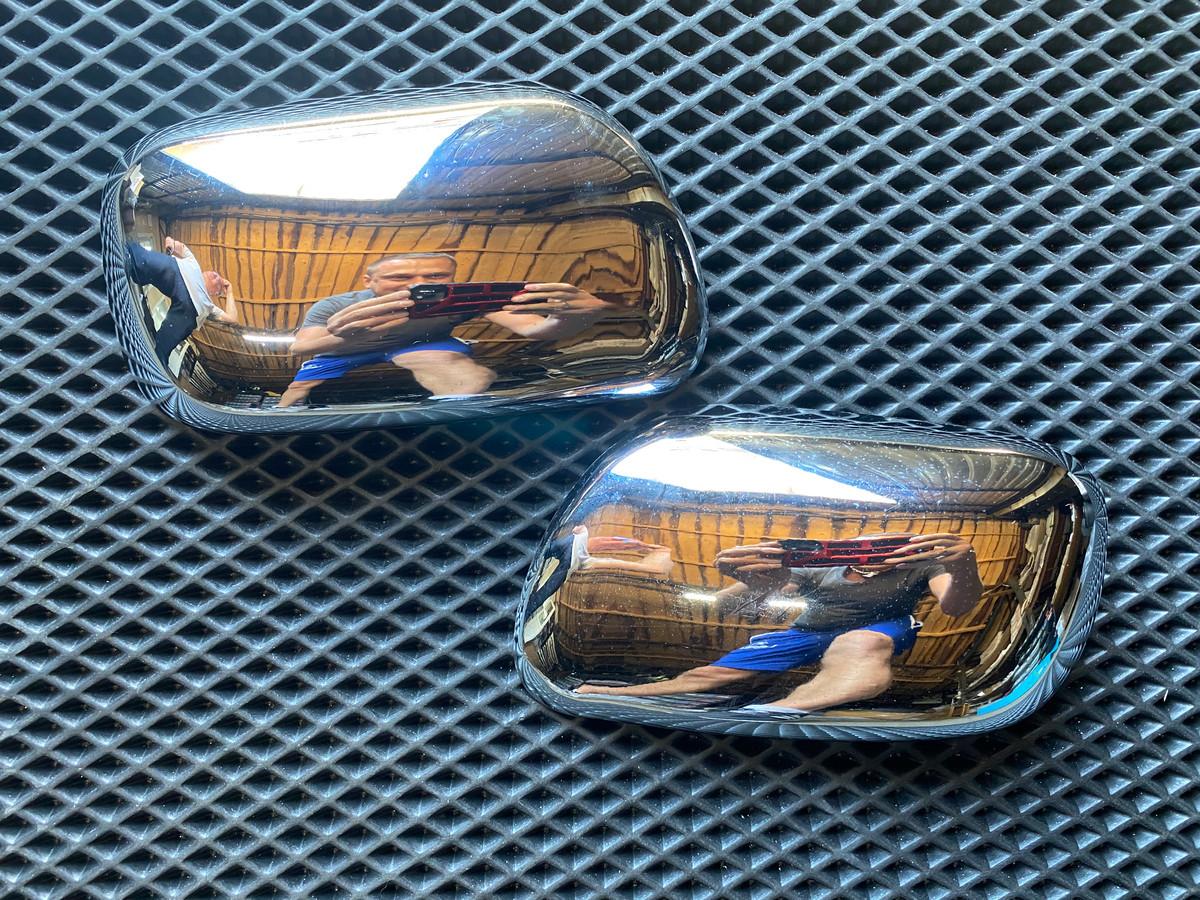 Накладки на зеркала (2 шт, пласт.) Toyota Corolla 2002-2007 гг. Тойота Королла