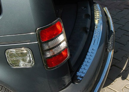 VW Caddy Накладка на задний бампер прямая хром (Omsa) матовая Фольксваген Кадди