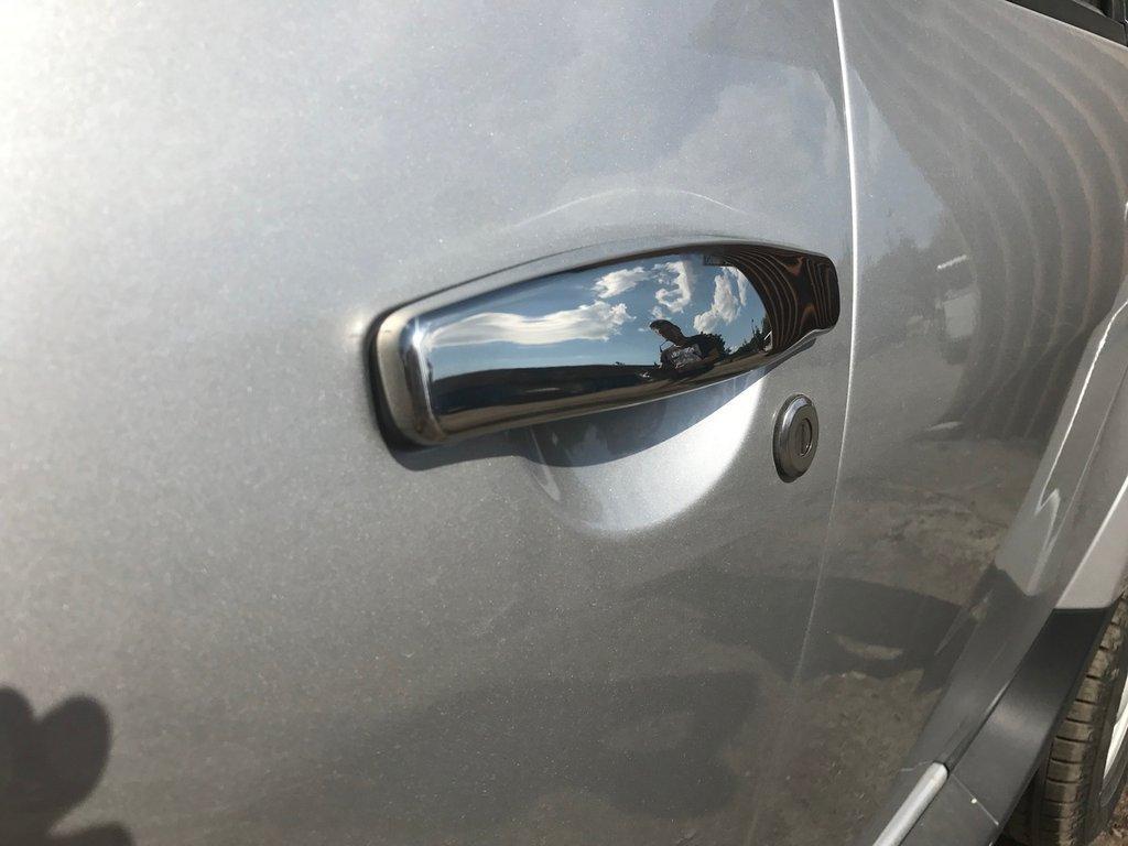 Dacia Duster накладки на ручки нерж. ОмсаЛайн Дачиа Дастер