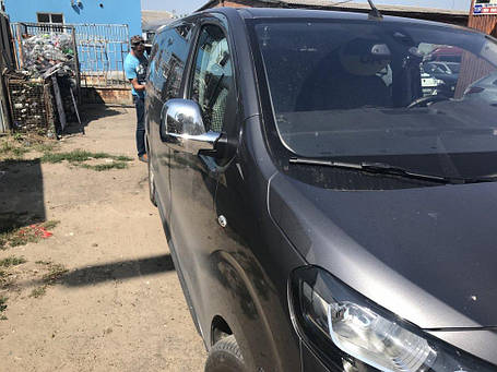 Opel Vivaro 2019+ Накладки на зеркала (2 шт., пласт.) Carmos Опель Виваро, фото 2