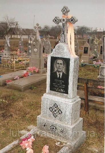 Пам'ятники з крихти Луцьк