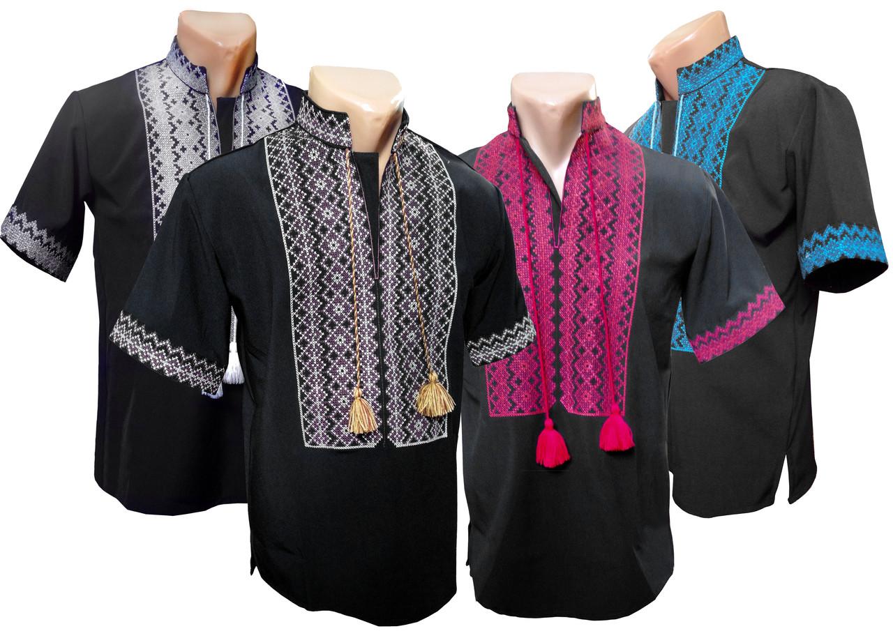 Мужская черная вышиванка с коротким рукавом с богатой вышивкой на груди