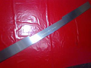 Накладка на задний бампер с загибом MERCEDES VITO w639