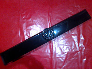 Зимняя накладка на решетку (глянец) VW T4