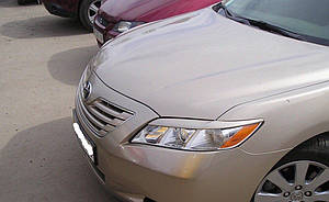 Реснички на фары Toyota Camry 40