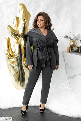 Эффектный женский костюм цвета графит, размеры 42-44, 46-48