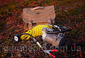 Портативный автомобильный компрессор Berkut R17 (55 л/мин)