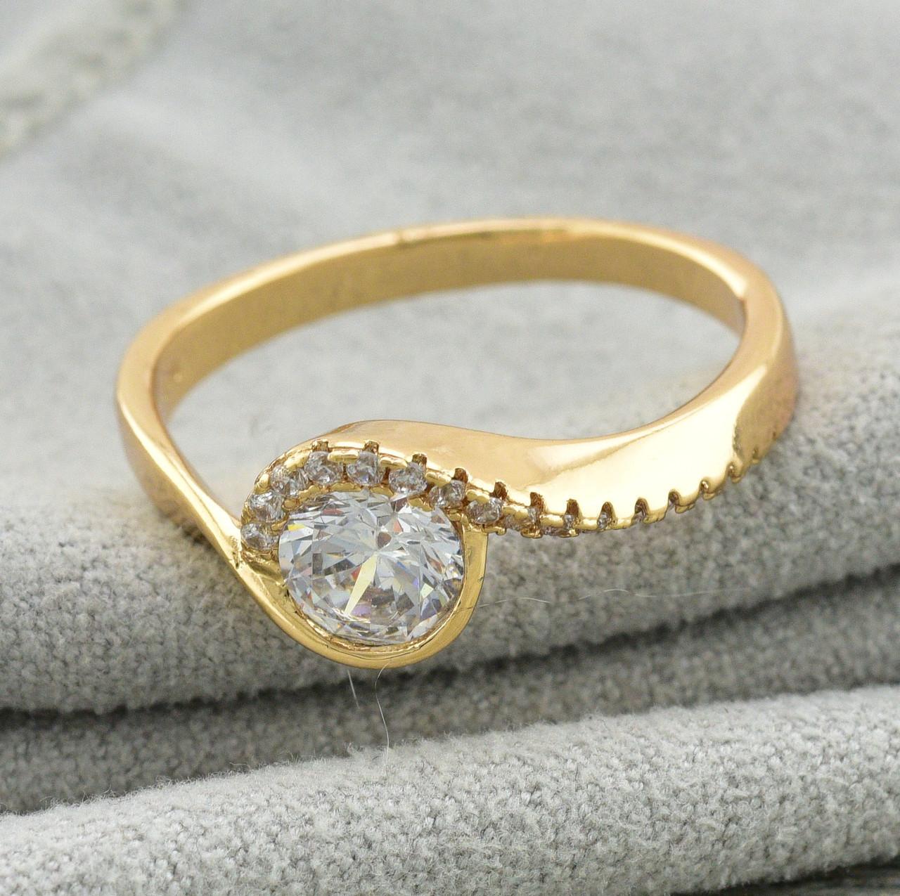 Кольцо Xuping Алмазный завиток 11647 размер 19 ширина 8.2 мм куб. цирконий вес 2.8 г позолота 18К