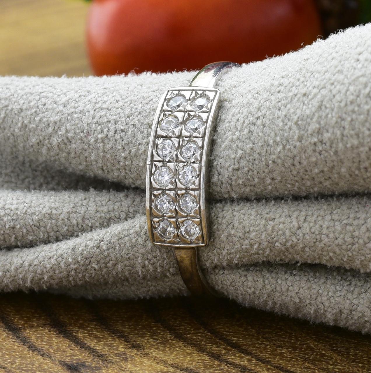 Серебряное кольцо Анжела вставка белые фианиты вес 1.29 г размер 16.5