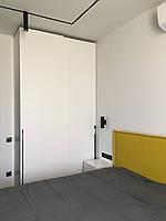 Шкаф купе белый мдф краска с верхнеподвесной системой hettich